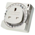Timeguard TS800 24hr Plug In Time Controller